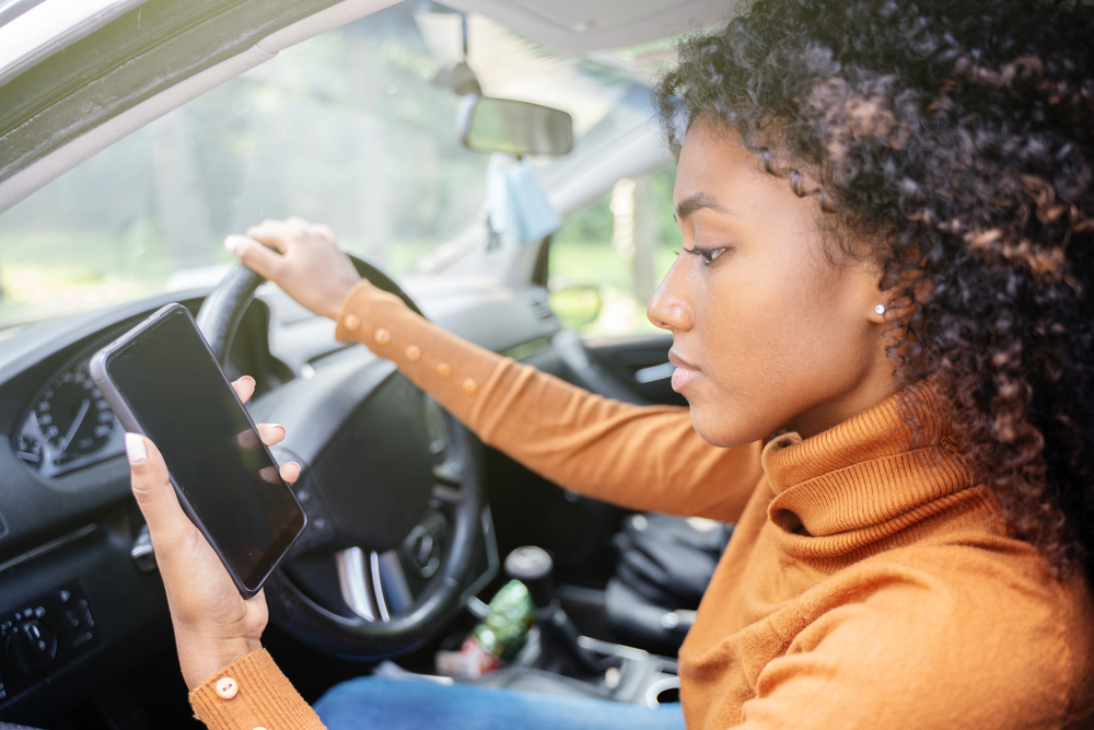 car_accident attorney_atlanta_distracted_driving